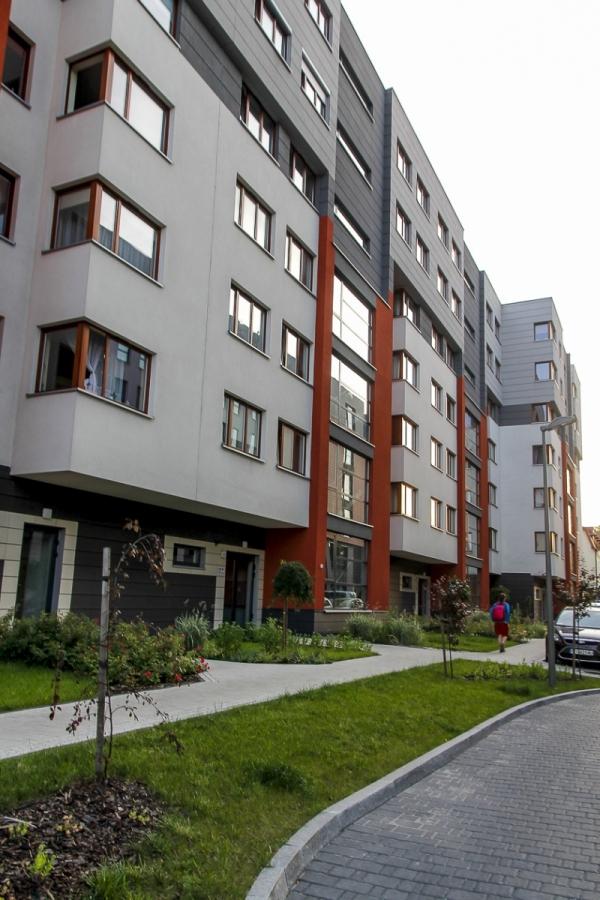 Fronton - budynek przy ul. Kamiennej 19 B | zdjęcie nr 11 w galerii