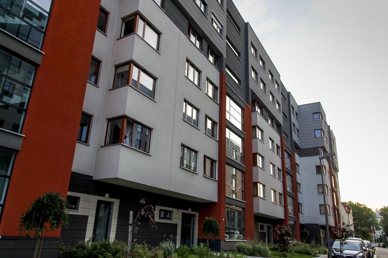 Fronton - budynek przy ul. Kamiennej 19 B | zdjęcie nr 12 w galerii
