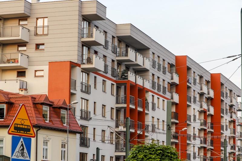 Fronton - budynek przy ul. Kamiennej 19 B | zdjęcie nr 13 w galerii