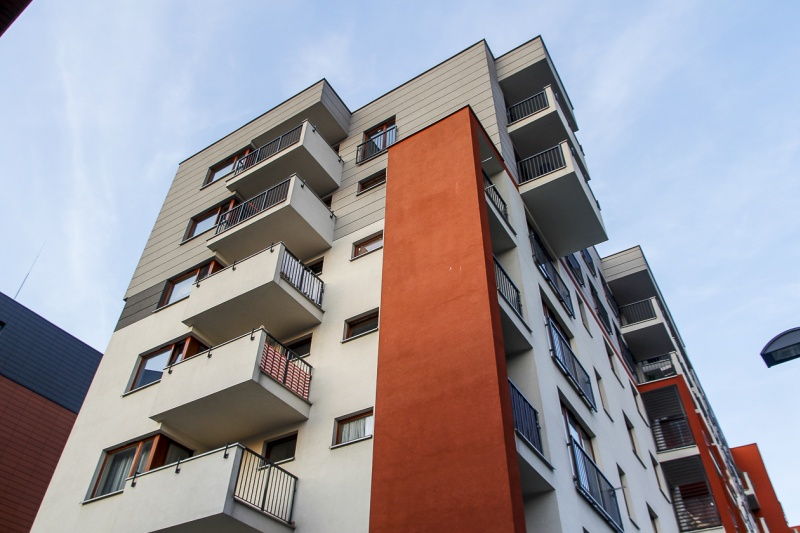 Fronton - budynek przy ul. Kamiennej 19 B | zdjęcie nr 4 w galerii