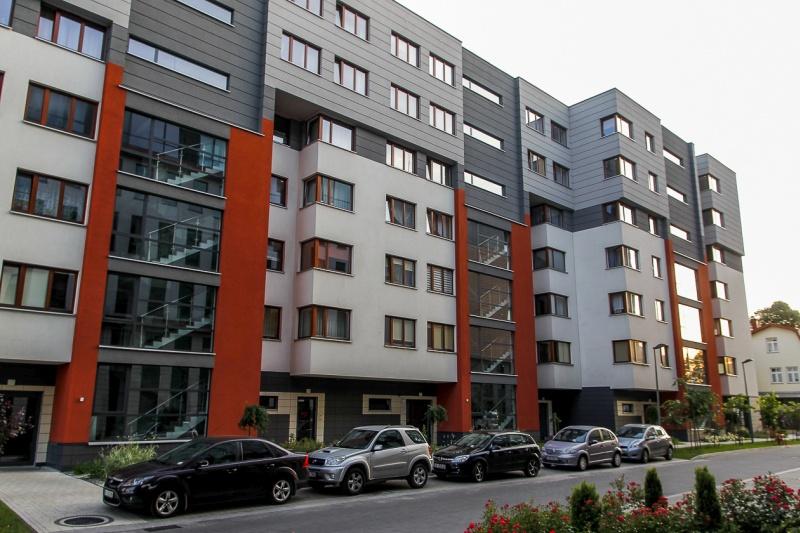 Fronton - budynek przy ul. Kamiennej 19 B | zdjęcie nr 7 w galerii
