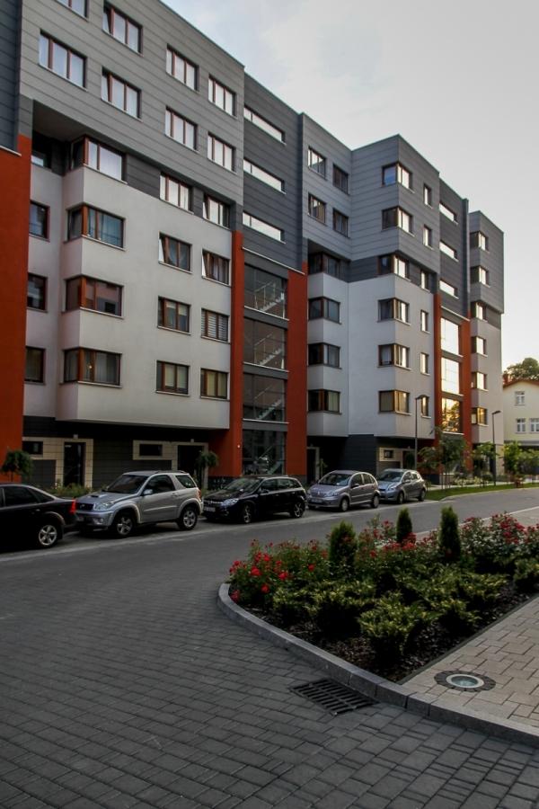 Fronton - budynek przy ul. Kamiennej 19 B | zdjęcie nr 9 w galerii